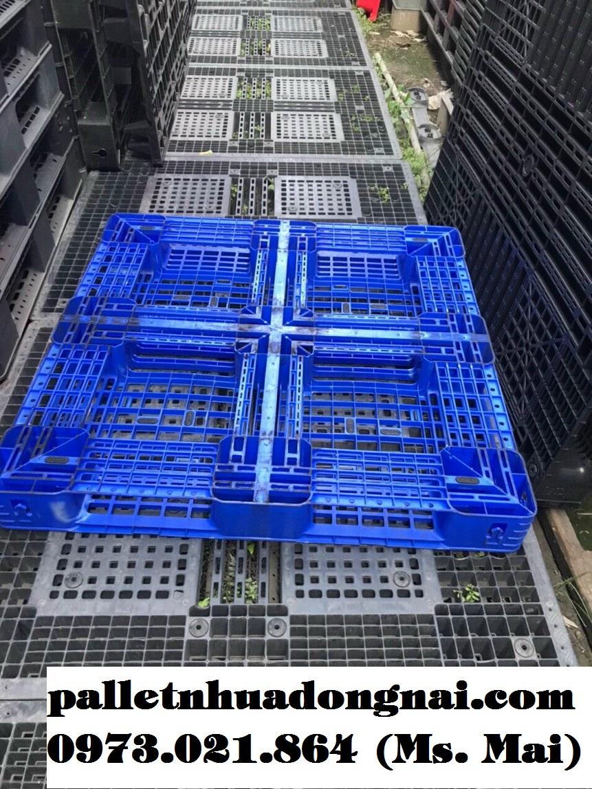 Giá pallet nhựa đã qua sử dụng chỉ từ 150.000đ, giao hàng tận nơi