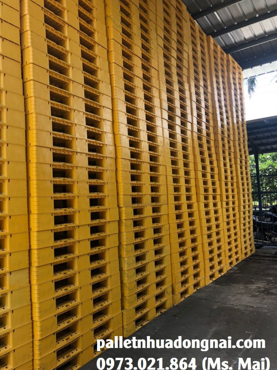 Các loại pallet được sử dụng phổ biến hiện nay và lợi ích của việc sử dụng pallet trong vận chuyển hàng hóa