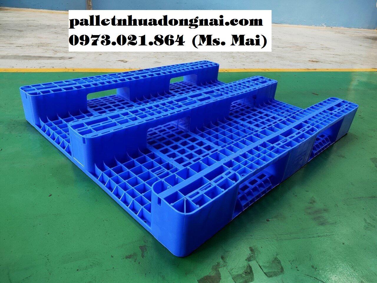 Pallet nhựa 1100x1300x150mm cũ mới với giá rẻ cạnh tranh