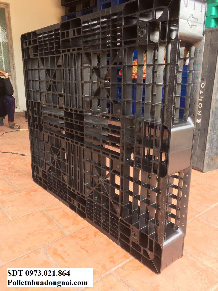 Pallet nhựa tại Biên Hòa