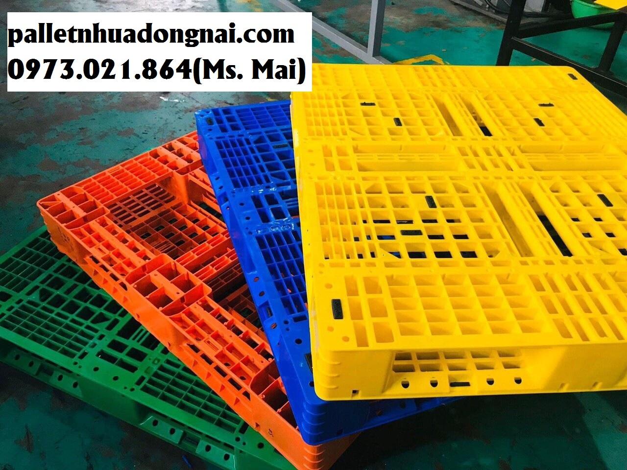 Bán pallet nhựa tại huyện Bình Chánh